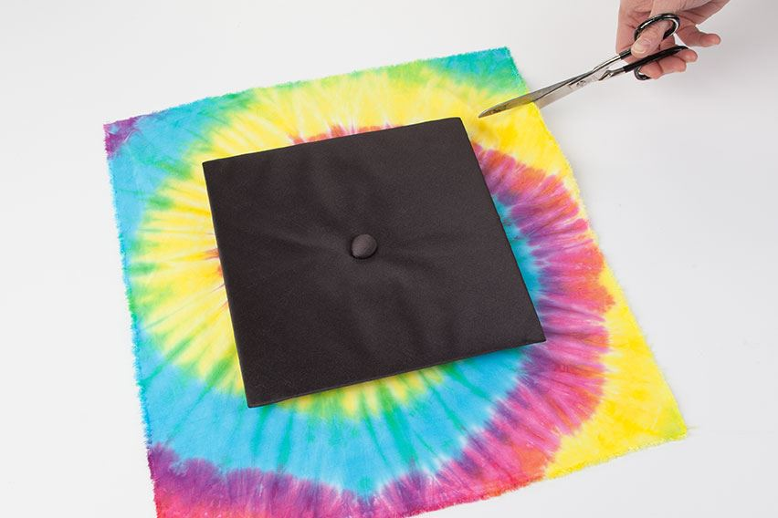 How to Tie Dye Graduation Cap measure and cut fabric