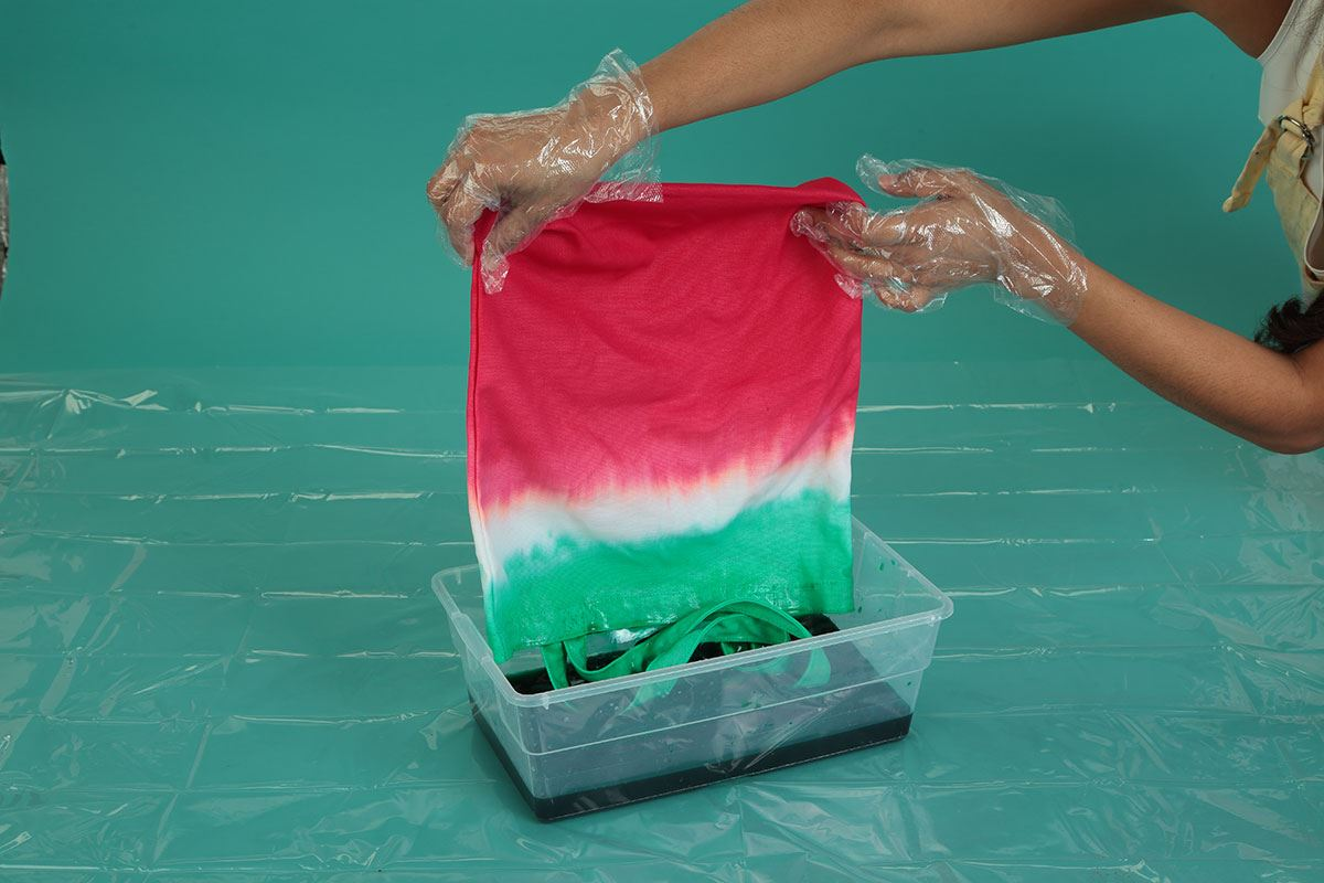 Watermelon Tie-Dye Technique flip and dye green