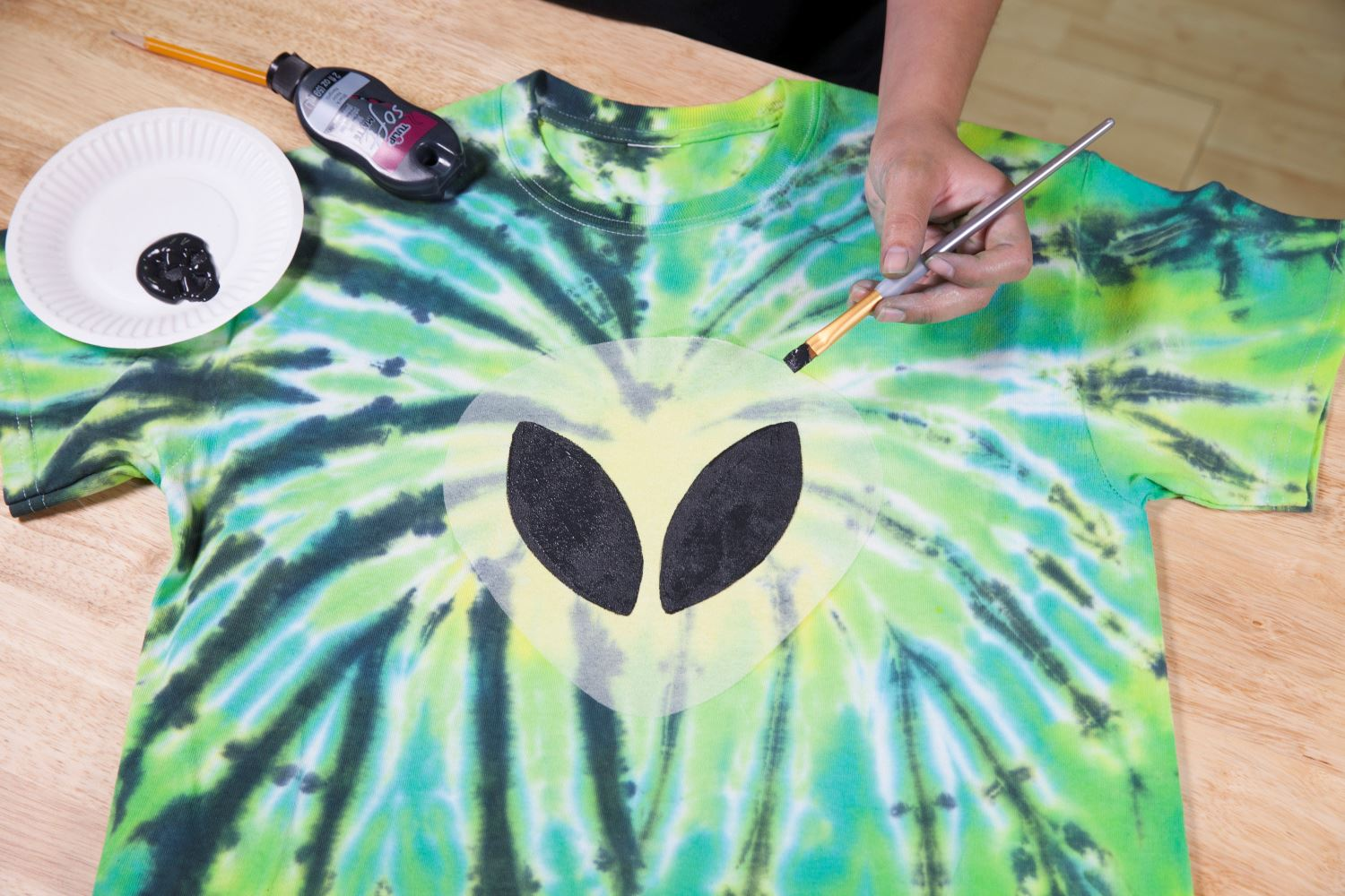 Picture of Alien Glow Tie-Dye Technique