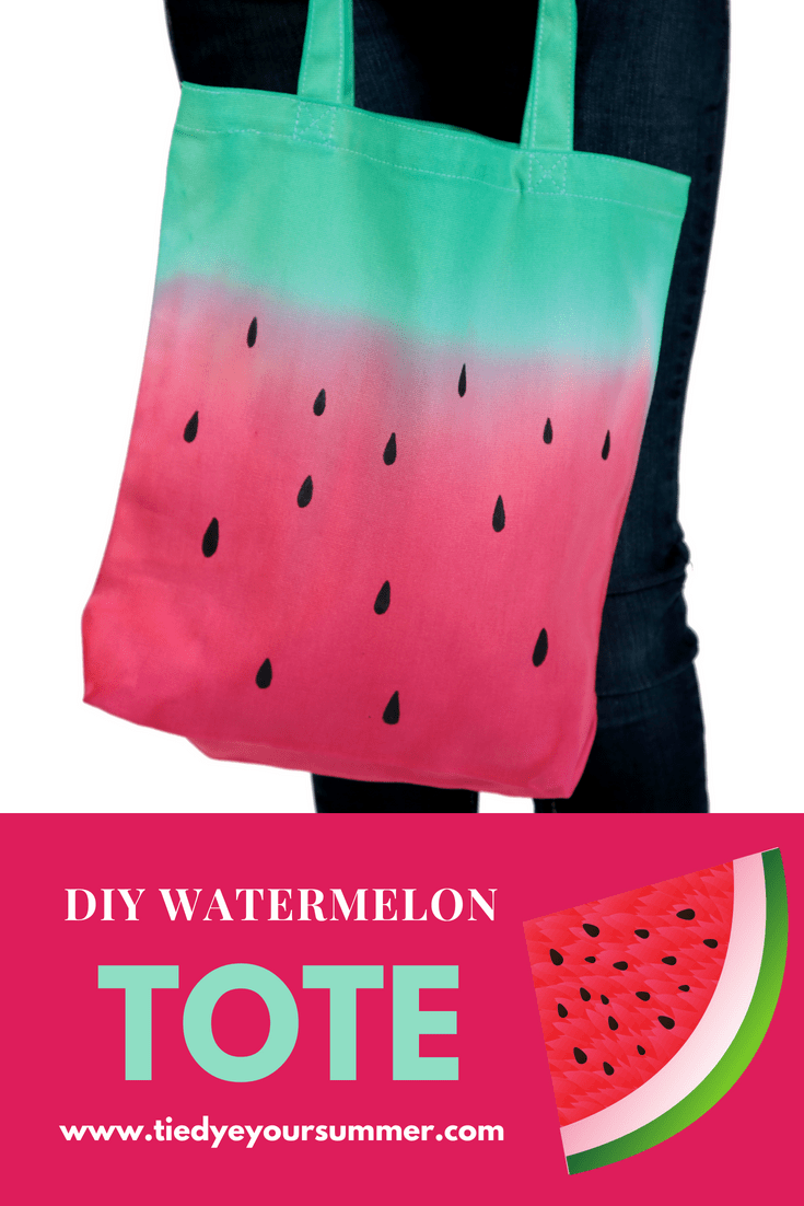 Watermelon Dip Dye Tote Perfect for summer, DIY your own watermelon tote with tie dye! #watermelontiedye #fruittiedye #tiedyeyoursummer #tulipdye #tdys #TDYS #dipdye