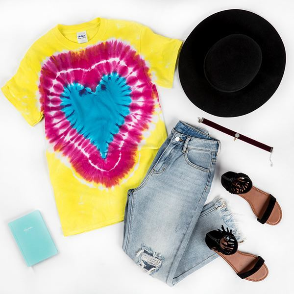 Heart Tie-Dye T-shirt Festival Look