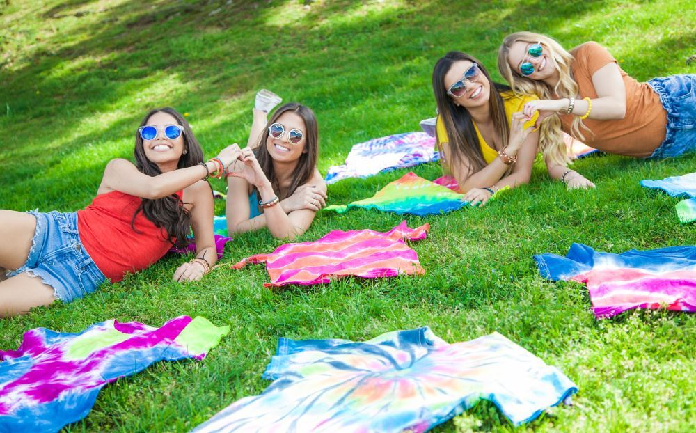 How To Throw A Tie-Dye Party