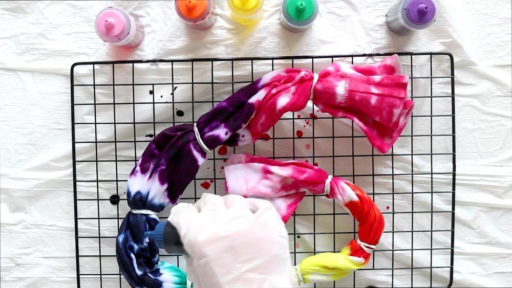 Make Your Own Rainbow Tie-Dye Leggings - dye each section