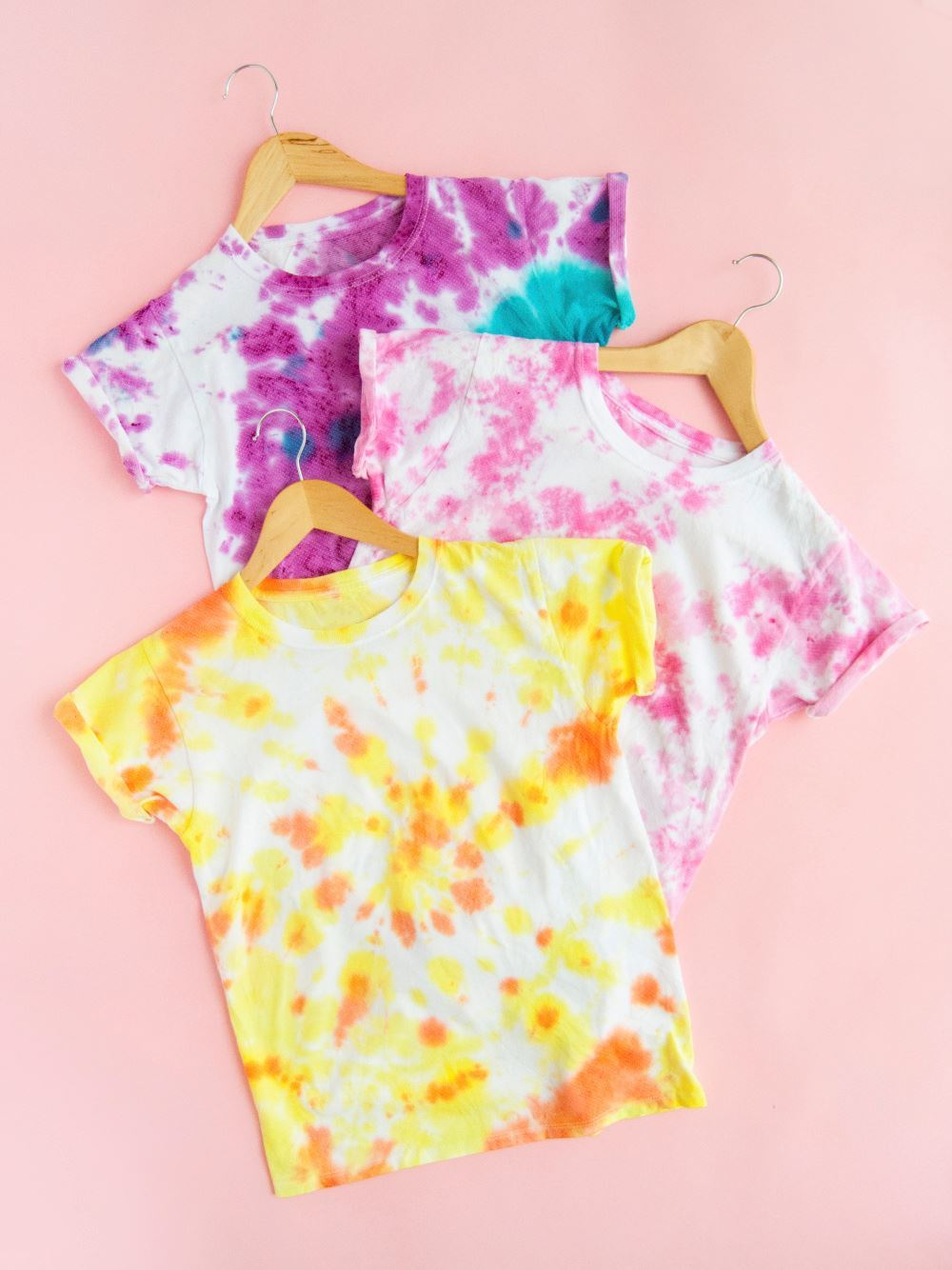 Candy-Inspired Two-Minute Tie-Dye T-shirts