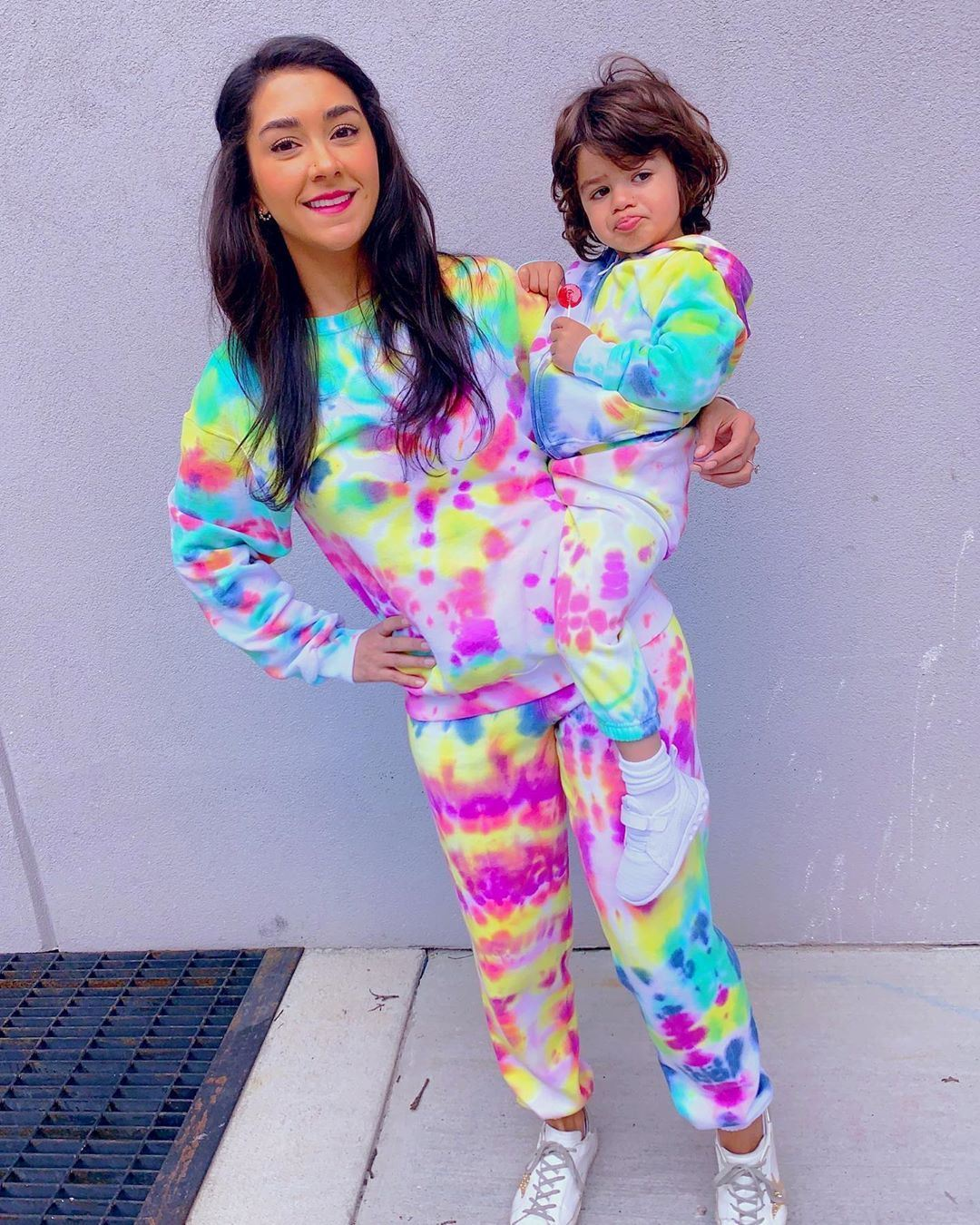 Neon tie-dye sweatsuit from @fashionnanny