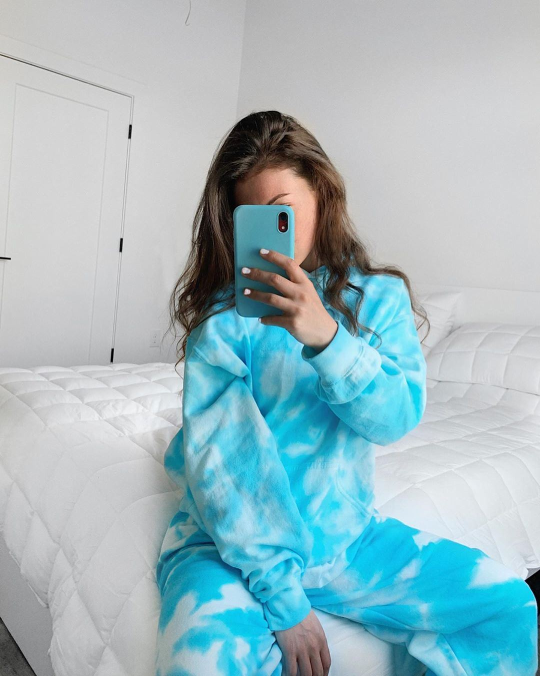 Turquoise crumple tie-dye suit from @haleyly0ns