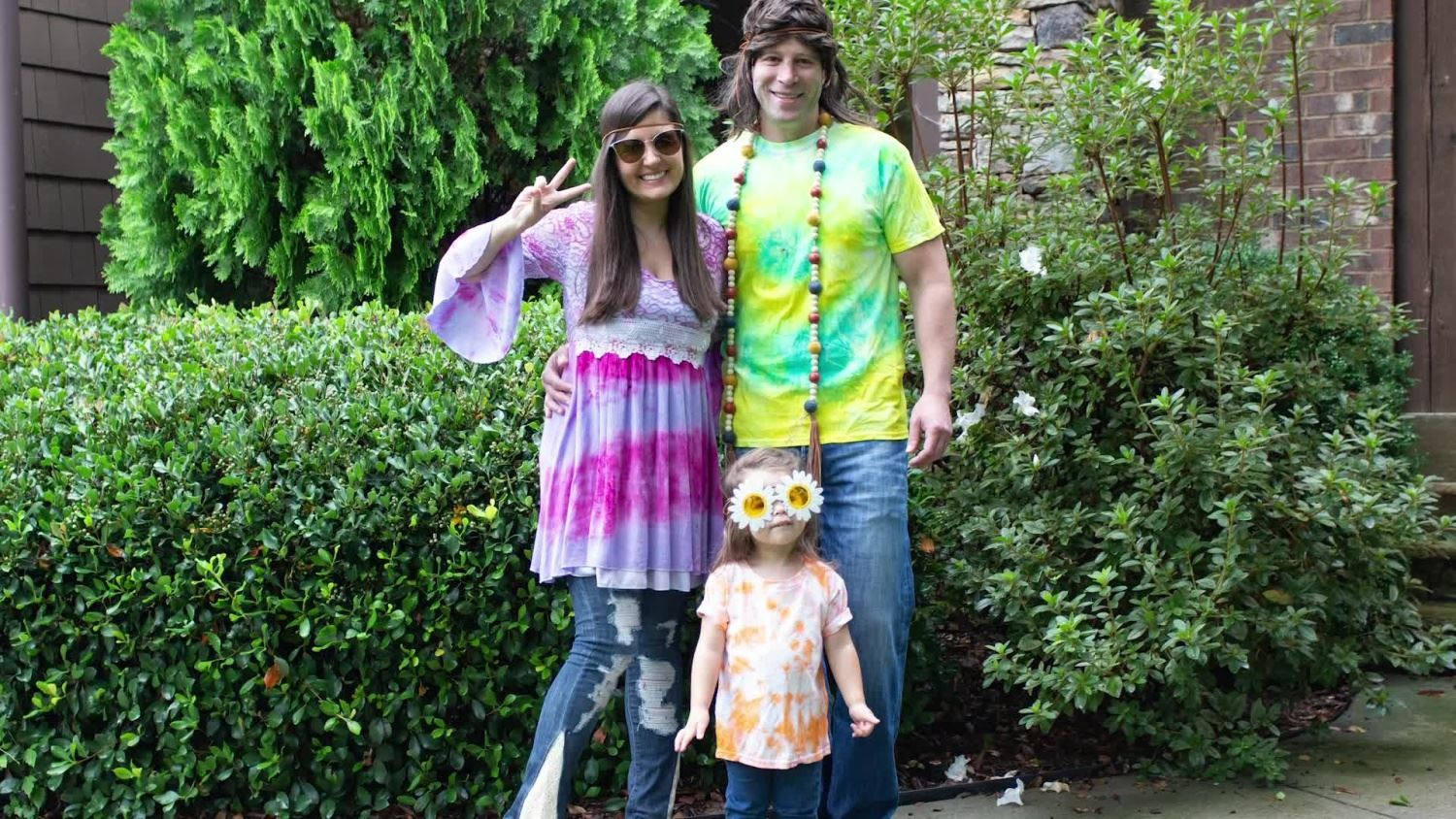 Easy Hippie Costumes for the Whole Fam