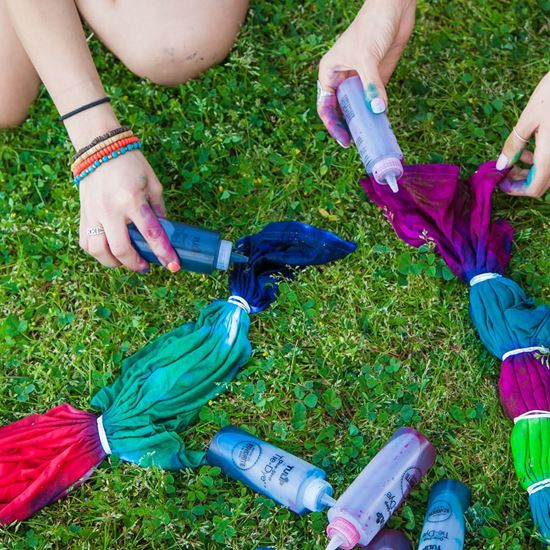 Ultimate 5-Color Tie-Dye Kit steps