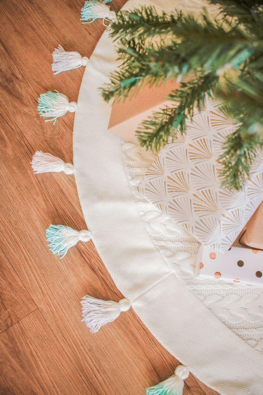 Tie-Dye Tasseled Tree Skirt